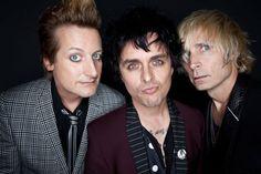 Tiago Antunes: Green Day #Lockerz
