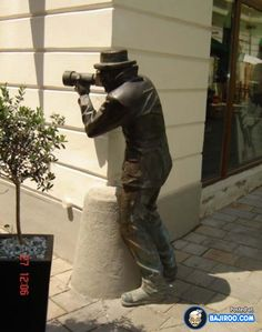 most amazing street art sculptures in world images pics photo people 11 18 Amazing Street Statues And Sculptures [Art]