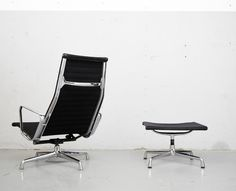 Charles & Ray Eames I Lounge Chair EA 124+ EA 125 I Hopsack I Herman Miller