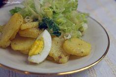 Kartoffelsalat und Endiviesalat