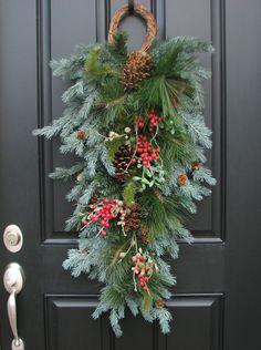 Reserved Christmas Swag Wreath A Winter von twoinspireyou auf Etsy