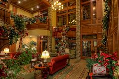 The Christmas Inn-want to stay here the next time that we're in Pigeon Forge