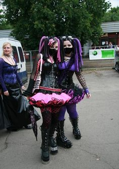 Cyber-Goth girls at Treffen