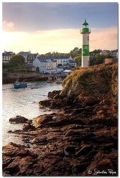 The Best Vacation Destinations In France – Travel In France Best Vacation Destinations, Best Vacations, Vacation Spots, Saint Mathieu, Photo Bretagne, Fairytale Castle, France Travel, Brittany, Great Places