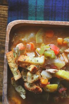 Because Fall: Chicken & Veggie Soup – Simply Taralynn