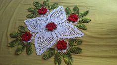 olá meninas hoje estou trazendo esse lindo caminho de mesa em crochê espero que goste, e não se esqueçam de deixar o seu joinha e se inscrever no canal visit... Crochet Dollies, Crochet Stars, Crochet Flowers, Crochet Baby, Filet Crochet, Irish Crochet, Crochet Crafts, Crochet Projects, Crochet Designs