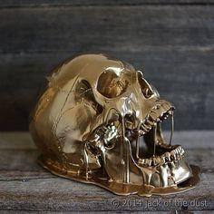 """Melting Gold Skull by @jackofthedust Check out the profile for more amazing skull based works. #darkart #goldskull #skullart #anatomy #sculpture…"""