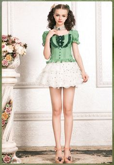 Girls Short Dresses, Cute Little Girl Dresses, Girls In Mini Skirts, Girly Girl Outfits, Sexy Outfits, Lolita Fashion, Girl Fashion, Fashion Clothes, Frilly Dresses