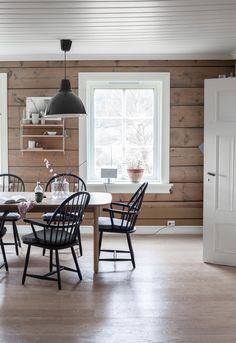_MG_9333 Dining Room, Dining Table, Log Homes, Country Style, House Design, Cabin Ideas, Inspiration, Furniture, Spaces