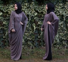 paying attention to the lines of this abaya - could help me make my own.