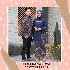 Model Baju Kebaya Batik Couple Tunik Sarimbit Kombinasi Kemeja Lengan Panjang Broklat Terbaru Untuk Anak Muda Batik Couple, Batik Solo, Kimono Top, Couples, Tops, Women, Fashion, Moda, Fashion Styles