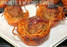 Spaghetti and Meatball Poppers via Oh Bite It! Potluck Recipes, Casserole Recipes, Cooking Recipes, No Cook Appetizers, Appetizer Recipes, Appetizer Ideas, Appetizer Buffet, Poppers Recipe, Spaghetti And Meatballs
