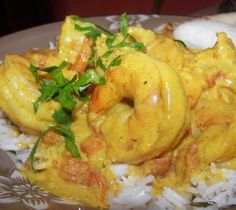 Mike Robinson's African recipe for king prawns in an aromatic coconut milk sauce and coriander rice Easy to make King Prawn Recipes, Shrimp Recipes, Sauce Recipes, Fish Recipes, Indian Food Recipes, African Recipes, Cooking Recipes, Healthy Recipes, Healthy Food
