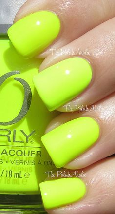 nail polish Orly Nail Polish in Glowstick! This is adorable pedi or mani! Orly makes the best neons. But I havent tried Essie yet., both awesome brands! Neon Nails, Love Nails, How To Do Nails, My Nails, Neon Yellow Nails, Bright Gel Nails, Bright Nail Polish, Gorgeous Nails, Pretty Nails