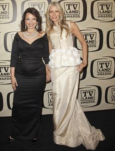 Hold The Phone: Aviva And Fran Drescher Are Related?!