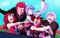 Kingdom Hearts/Voltron Legendary Defenders crossover  Credits to the artist