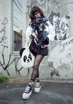 omidori panda black street style