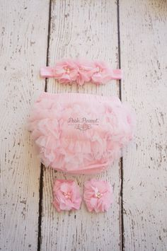 Ruffle diaper covers are a must for all Peanuts to have in there closets! Signature ruffle in chiffon fabric on back, elastic and stretchy! Will