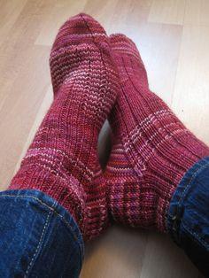 A nice ribbed sock - FREE pattern