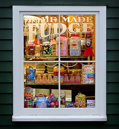 shelf in a doorway: could we turn the back into a shop window?