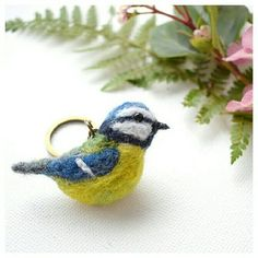My first set of needle felted garden birds have landed in my Etsy shop!! Included in this group are the Blue Tit, Chaffinch, Pied Wagtail, Great Tit and House Sparrow! ❤ What's your fav garden bird?  #lovebirds #gardenbirds #britishbirds #irishbirds #lovenature #needlefelting #woolroving #feltedbirds #crafts #handcrafted #woolart #birdwatcher #birdkeyring #birdkeychain #ornithology #themossymeadow #etsy #etsyie #etsyshop #maker #featheredfriends #birds