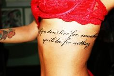 heartattacks-waitingtohappen: really want my ribs tattooed but ouch, scared >.<