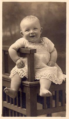 +~+~ Vintage Photograph ~+~+ Happy Baby!