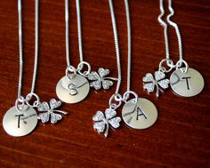 Initials and shamrock~ perfect also for an #Irish wedding