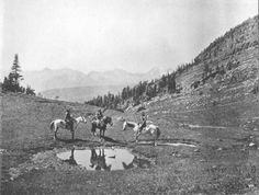 Blackfoot (Pikuni) men - no date