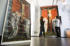 En el taller con Van der Weyden Cuatro años se ha tardado en insuflar nueva vida y curar las heridas de 'El Calvario', la monumental tabla del maestro flamenco. El Prado lo celebra con una exposición histórica