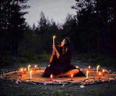 Translated from Spanish: Esoteric Blog: Samhain Sabbath  The Practice of Magic: A Gift, or a Capacity?  byAngellycaat 16:10   Quando num círculo se pratica o bem