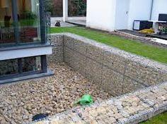 Creating a sunken garden -- gabion walls and drainage ....lichthof - Google-Suche