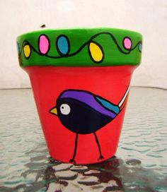 Macetas pintadas a mano/ hand painted flowerpots Painted Plant Pots, Painted Flower Pots, Flower Pot Crafts, Clay Pot Crafts, Wipes Container, Christmas Table Decorations, Pottery Painting, Plant Design, Terracotta Pots
