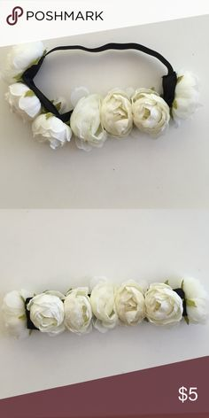 Stretchy Flower Headband Super cute flower headband! H&M Accessories Hair Accessories
