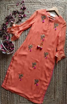 Tunic material- Georgette Handmade embroidery Made to order Kurti Embroidery Design, Embroidery Suits, Embroidery Fashion, Salwar Designs, Kurti Designs Party Wear, Blouse Designs, Dress Designs, Indian Dress Up, Indian Tunic