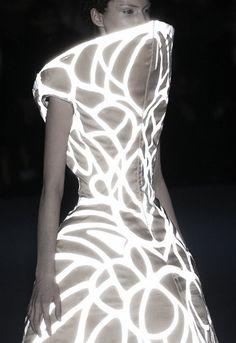 >Alexander McQueen F/W 2004 RTW Collection. Mateja Penava, 'Pantheon as Lecum'. Alexander Mcqueen, Fashion Art, High Fashion, Womens Fashion, Fashion Design, Capitol Couture, Sculptural Fashion, Catching Fire, Future Fashion