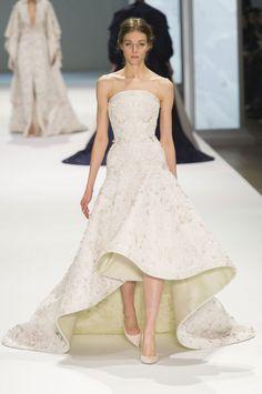 Robe de mariée Ralph & Russo Haute Couture printemps-été 2015