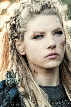 my graphics History Channel vikings *1k Katheryn Winnick Lagertha ...
