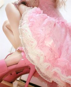 Layers of pink ruffles and lace ~ LUVS!!