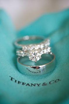 Tiffany diamond wedd