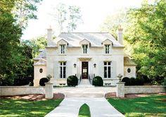 Inside+an+Elegant+Atlanta+Home+via+@MyDomaine