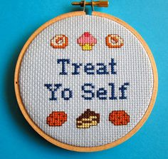 Treat Yo Self Parks and Recreation Cross Stitch Quote. Totally making this for Alex lol Cross Stitching, Cross Stitch Embroidery, Embroidery Patterns, Embroidery Hoops, Snitches Get Stitches, Cross Stitch Quotes, Modern Cross Stitch, Easy Cross Stitch Patterns, Parks And Recreation