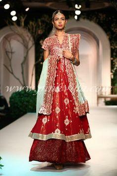 Meera and Muzaffar Ali for Aamby Valley India Bridal Fashion Week 2013 | PINKVILLA