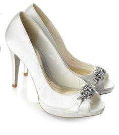 Ivory satin bridal shoe £75.00