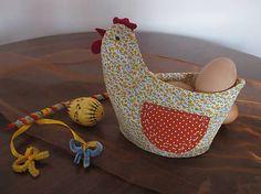 Sliepka s vajíčkom-dekorácia na stôl