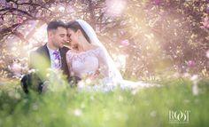 Svatební Fotograf - Martina Root - FotoEmotion Couple Photos, Couples, Wedding Dresses, Fashion, Couple Shots, Bride Dresses, Moda, Bridal Gowns, Fashion Styles