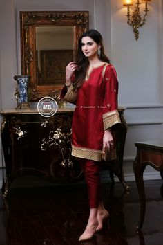 Pakistani Fancy Dresses, Pakistani Fashion Party Wear, Pakistani Wedding Outfits, Pakistani Dress Design, Indian Dresses, Indian Outfits, Indian Fashion, Stylish Dresses, Casual Dresses