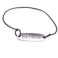 By May armbandje believe