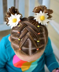 Love this cascading weaved elastics hairstyle so much and we hope that you do to! By: Toddler Hairstyles Love this cascading weaved elastics hairstyle so much and we hope that you do to! By: Toddler Hairstyles Easy Toddler Hairstyles, Easy Little Girl Hairstyles, Girls Hairdos, Cute Hairstyles For Kids, Cute Girls Hairstyles, Halloween Hairstyles, Toddler Hair Dos, Hairstyle For Kids, Braids For Little Girls