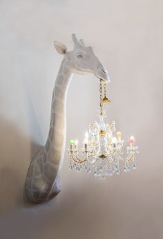 Yes please to this Giraffe holding a chandelier lampshade! The artist creates the handmade objects with traditional sculpture techniques adding an unexpected twist — classical chandeliers or their parts. Design Jobs, Design Design, House Design, Room Decor For Teen Girls, Girls Bedroom, Traditional Sculptures, Sculpture Techniques, Quirky Home Decor, Design Websites